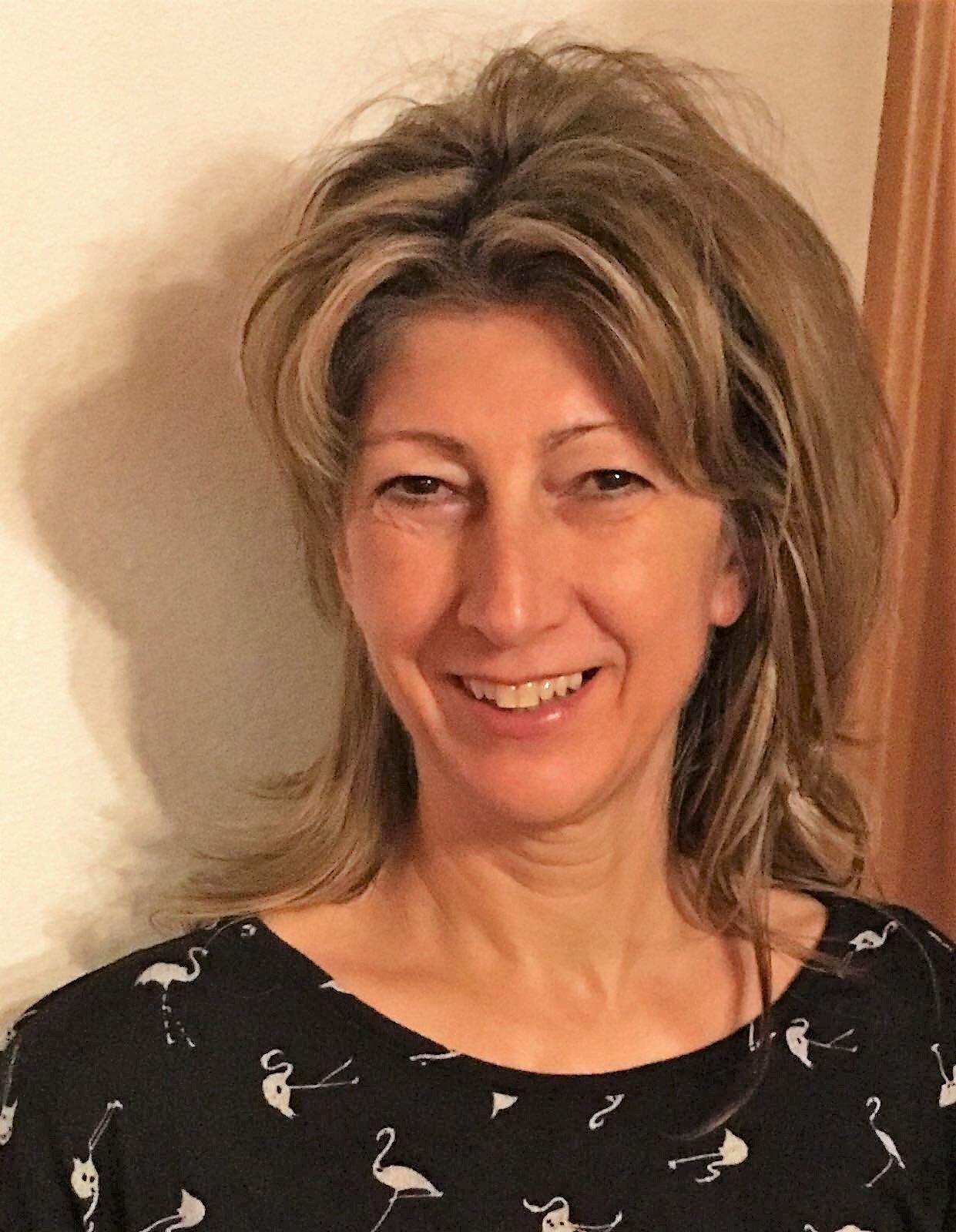 Manuela Hösele